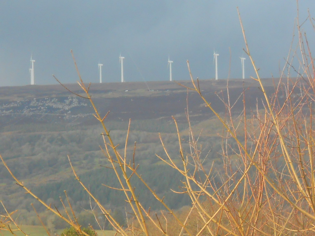 Bealtaine Cottage wind turbines on Kilronan mountain
