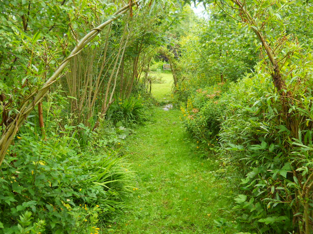 Permaculture smallholding bealtaine cottage for Culture permaculture