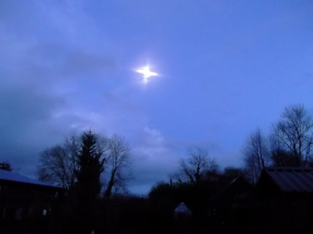 moon rising over Bealtaine Cottage