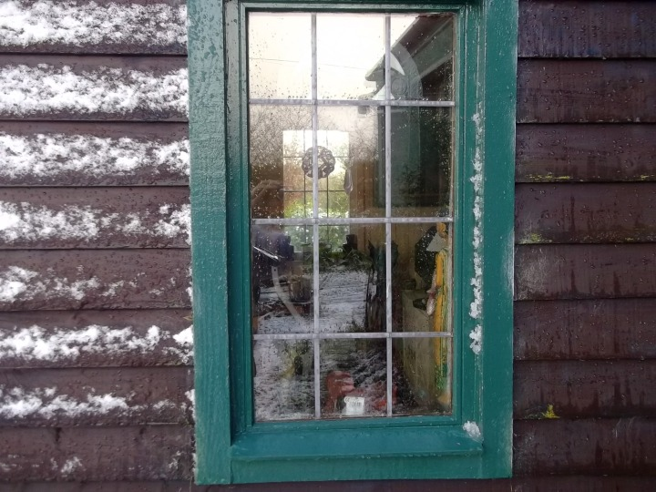 The porch at bealtaine cottage