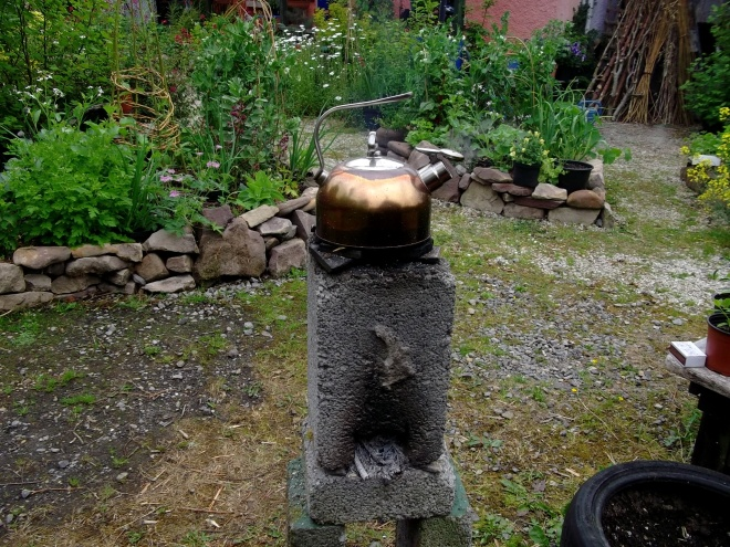Rocket stove in action