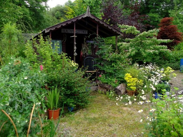 Summer shed at Bealtaine Cottage
