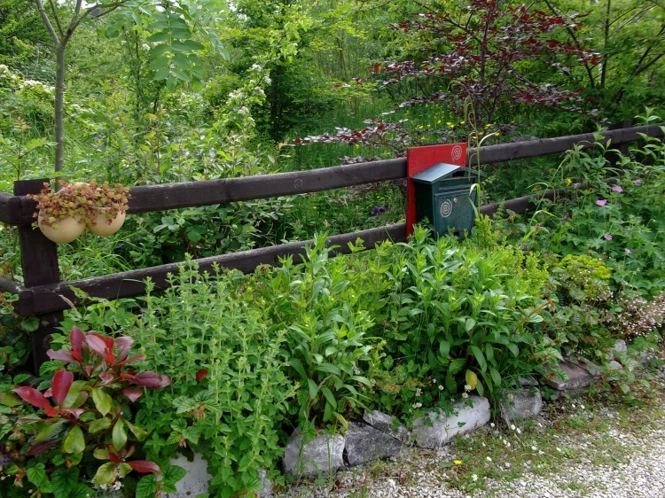 Postbox at bealtaine Cottage