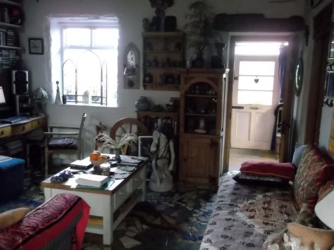 midwinter cottage 007