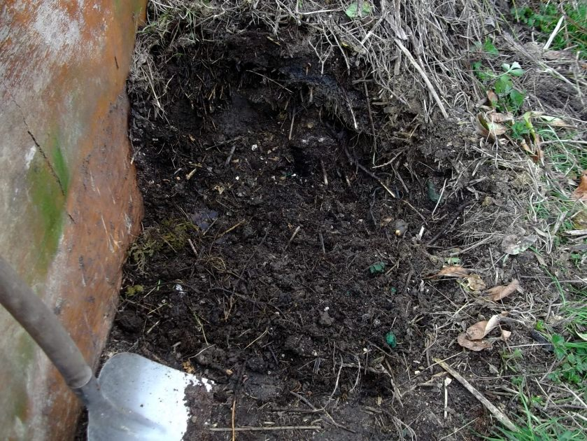Lazy Compost at Bealtaine Cottage Permaculture Gardens